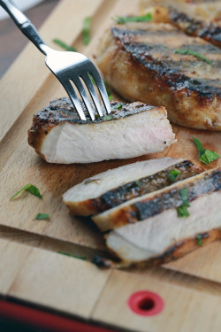 Simple Grilled Pork Chop Recipe with Honey Mustard Glaze