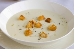 Gordon Ramsay's Cream of Cauliflower Soup Recipe (Easy!)