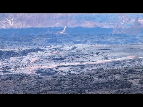 Volcano Fissures Bubbling in Hawaii (Live Stream)