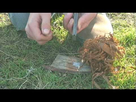 Make Fire With A Magnesium Flint Stick